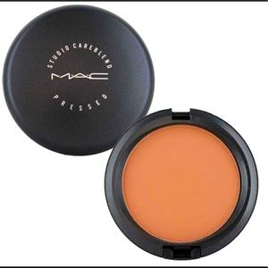 MAC Studio Careblend Pressed Powder Dark